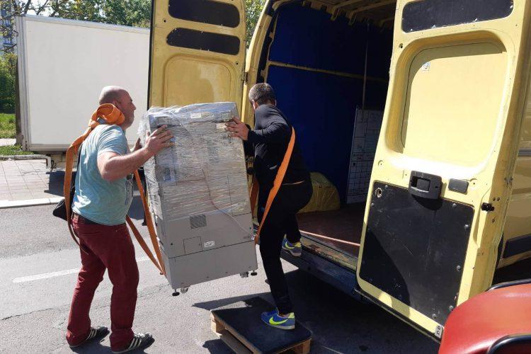 Kombi prevoz Beograd, selidbe i transport robe